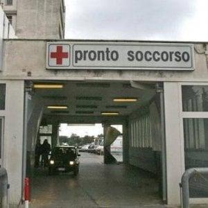 Gallarate Lasciato In Attesa In Ospedale Si Suicida I