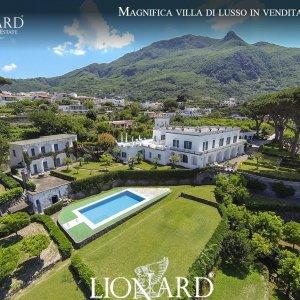 Ischia in vendita la villa che ospit Garibaldi  Repubblicait