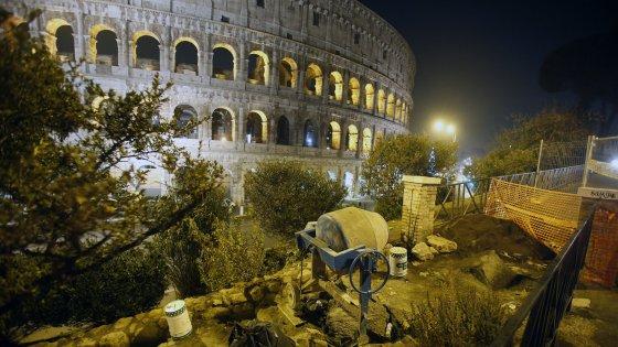 Degrado al Colosseo labbandono infinito del simbolo di Roma  Repubblicait