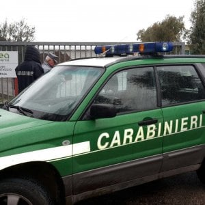 Rifiuti Lazio Sigilli Allex Kyklos Di Aprilia Per Miasmi