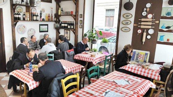 AllOsteria del Tramvai per gustare piatti e vini del vecchio Piemonte  Repubblicait