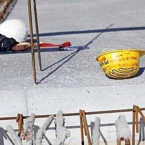 """Torino: """"Basta morti sul lavoro"""": due ore di sciopero generale"""