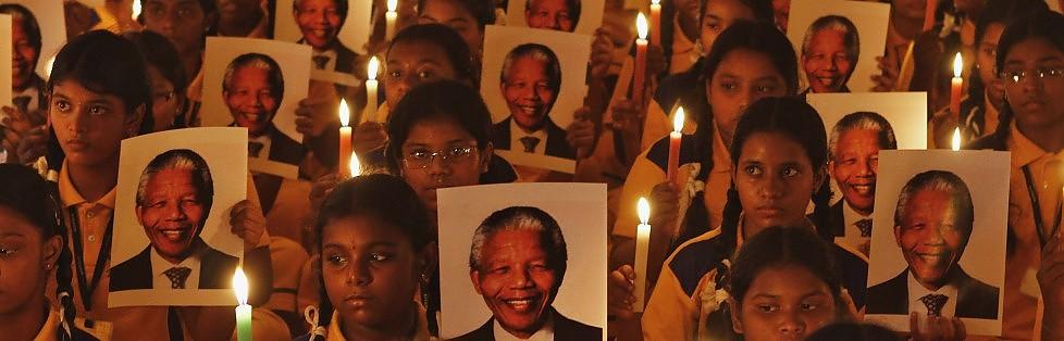 Morto Nelson Mandela , padre della lotta all'apartheid -   Videostoria    Da Obama al Papa  il mondo piange  un simbolo di libertà    video -     foto