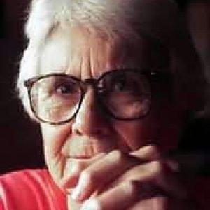 """E' morta il 19/02/2016 Nelle Harper Lee, l'autrice de """"Il buio oltre la siepe"""""""