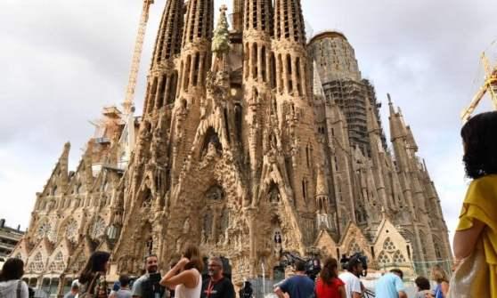 """Barcellona, la polizia: """"Ad Alcanar 120 bombole, preparavano uno o più attentati esplosivi"""""""