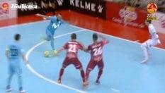 Stop e rabona fulminea: il super gol di Ricardinho