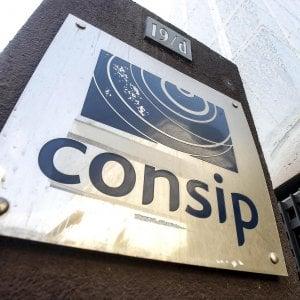 Governo, carabinieri e Servizi segreti, il grande intrigo dell'affare Consip