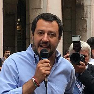 """Governo, Salvini: """"Per i clandestini è finita la pacchia. Le ong? No a vicescafisti nei porti"""""""