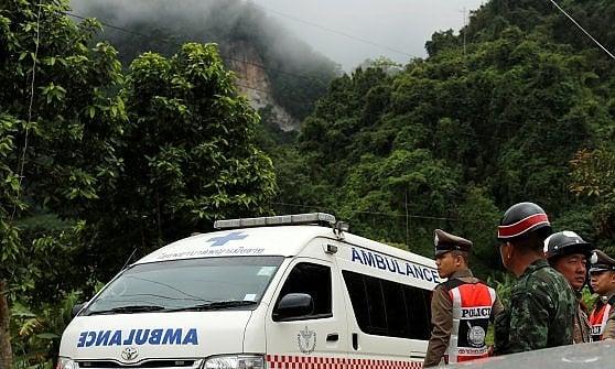 Thailandia, parte il salvataggio. Si tenta di portare fuori i ragazzi dalla grotta