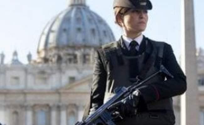 Terrorismo Rientrato L Allarme A Roma Il Siriano Non è
