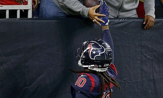 NFL, Hopkins special touchdowns for the blind mother:
