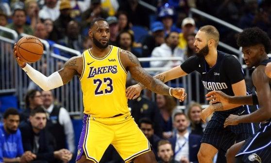 Basketball, Nba: Toronto embraces Leonard, Milwaukee and Lakers hand in hand