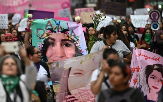 Mexico, women's protest against feminicides does not stop: