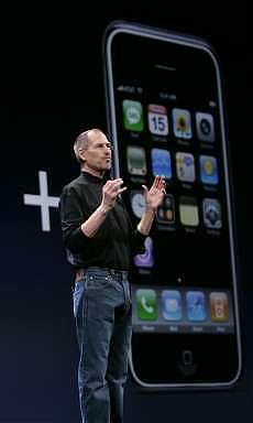 <B>iPhone-Tim, accordo in vista<br>a febbraio l'annuncio ufficiale</B>
