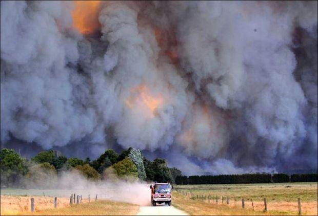 {B}Australia, l'incubo delle fiamme{/B}