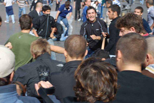 {B}Piazza Navona, l'assalto del Blocco{/B}