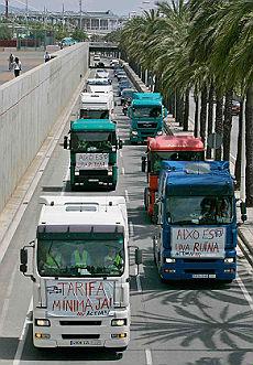 <b>Caro-gasolio, morti due camionisti<br/>travolti ai picchetti di protesta</b>