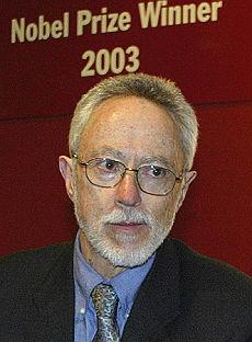 Saviano, firma anche Coetzee sono 17 i premi Nobel