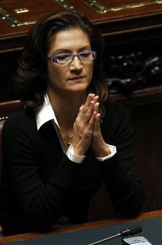 "Dubbi Ue sui docenti di religione ""Assunti per fede, l'Italia spieghi"""