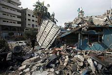 Gaza, la Ue chiede una tregua permanente Israele apre al cessate il fuoco di 48 ore