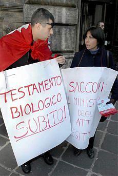 Sì al testamento biologico Oggi manifestazione a Roma