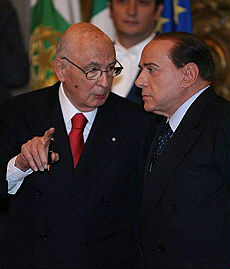 """Berlusconi attacca la Costituzione """"E' filosovietica, va cambiata"""""""