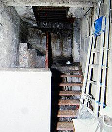 Milano, la polizia scopre un albergo sotterraneo per cinesi