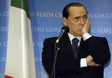 """<b>Roma, lo sfogo di Berlusconi<br/>""""Fare il premier mi fa schifo""""</b>"""