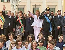 La Brambilla e il saluto romano il video che imbarazza il ministro
