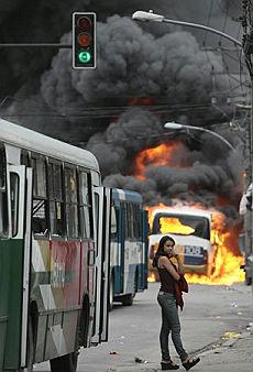 E' guerra tra polizia e narcotrafficanti Dodici morti nella favelas di Rio
