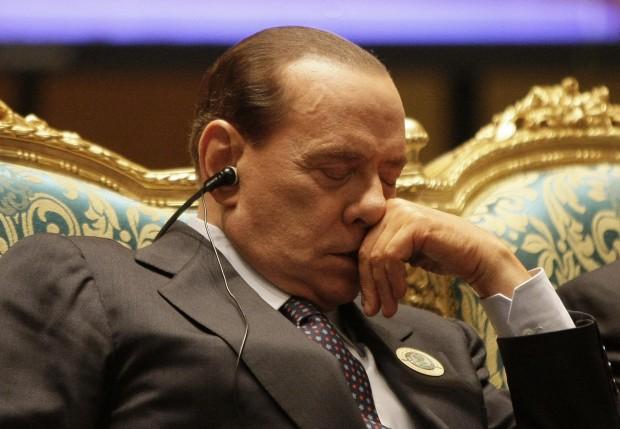 Foto Summit Lega Araba Berlusconi si addormenta  1 di 1  Repubblicait