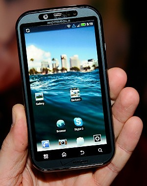 Usa, Android scavalca Apple Google insidia Blackberry