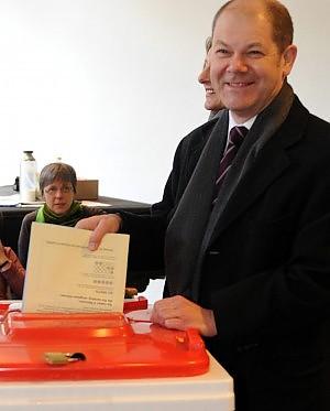 Disfatta elettorale per la Cdu ad Amburgo stravince la Spd