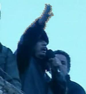 """Fuoco su Tripoli nella giornata dell'odio Gheddafi: """"Il popolo libico mi ama"""""""
