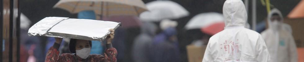 Nuova esplosione , terrore in Giappone   -   Video  Radiazioni salgono anche a Tokyo.   Borsa impazzita