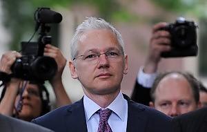 """Wikileaks all'attacco sul web """"Boicottate il Guardian"""""""