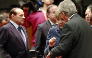 Crisi, la lettera di Berlusconi alla Ue Pensione a 67 anni e licenziamenti