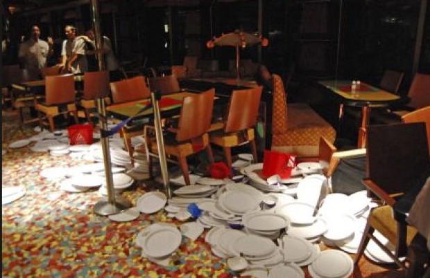 L'intérieur du Costa Concordia après le naufrage
