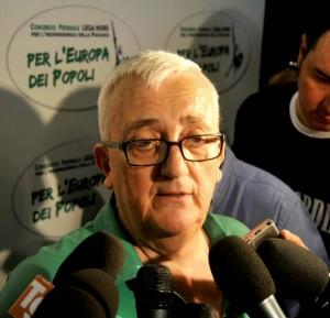 """Borghezio shock su Napolitano """"Foto pronte per quando muore"""""""