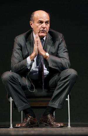 """Renzi: """"Per me solo il 10% di spazio nei Tg"""" Lo staff: """"Bersani è il segretario Pd"""""""