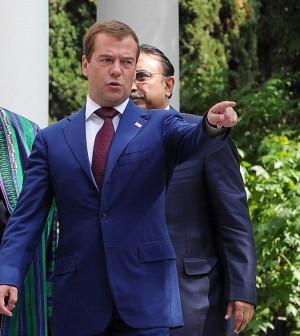"""Cipro, l'Ue chiede il blocco dei depositi Ultimatum Bce: """"Liquidità fino a lunedì"""""""