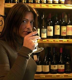 I consumi di vino crollano  ai minimi dall'Unità d'Italia
