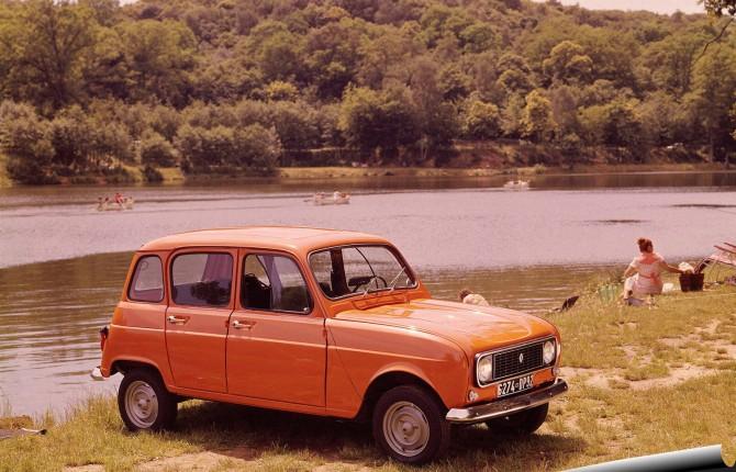 """Renault 4, il mito dell'auto """"in jeans"""""""