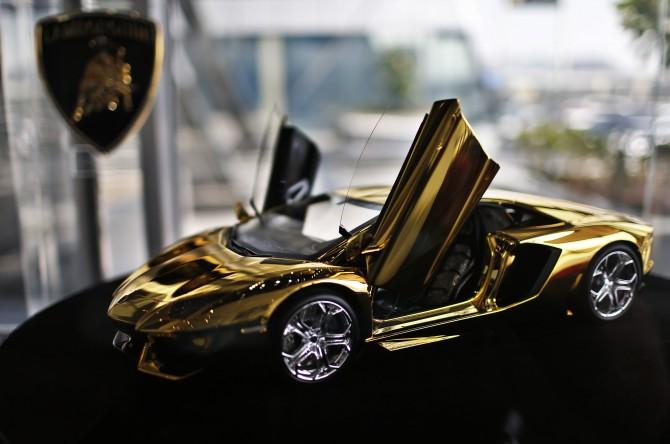 Una Lamborghini tutta d'oro
