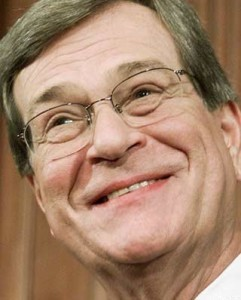 Trent Lott trained in the ways of Washington on your dime. Now he uses that knowledge as a paid lobbyist for dirty energy companies.
