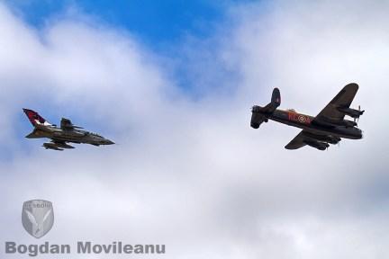 Formatie de Lancaster cu Tornado