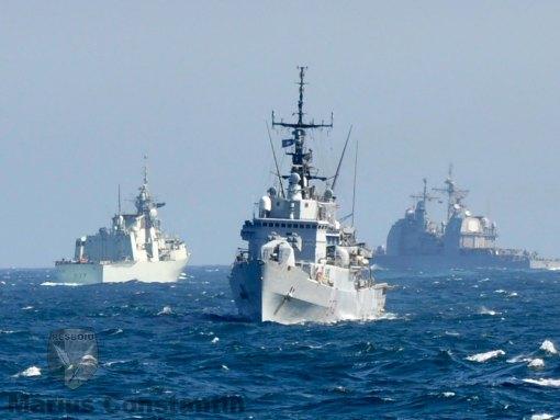 SNMG-2: ITS Aliseo in prim-plan, HCMS Fredericton si USS Vicksburg in plan secund