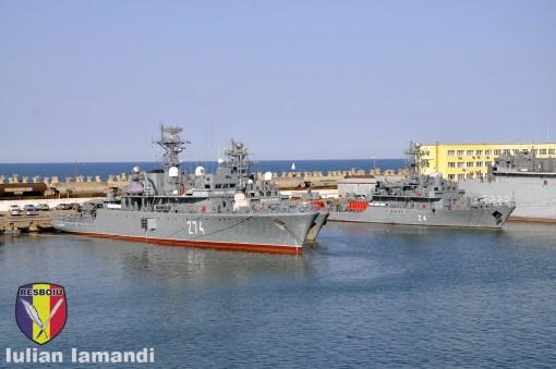 Nave militare romanesti