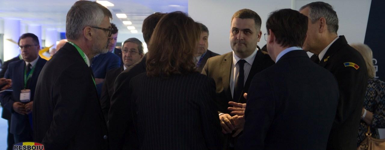Ministrul Apărării, Gabriel Les