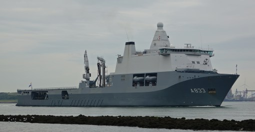 HNLMS Karel Doorman (A833)